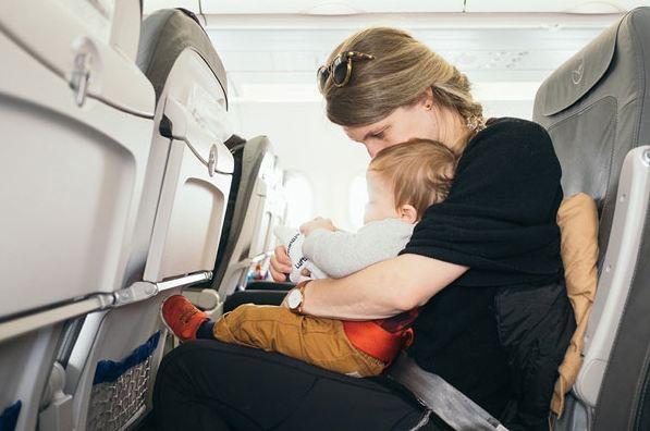 Đi du lịch xa thì nên đi máy bay